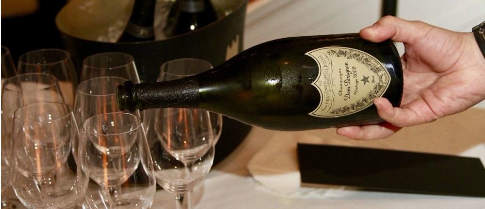 Storia champagne dom perignon