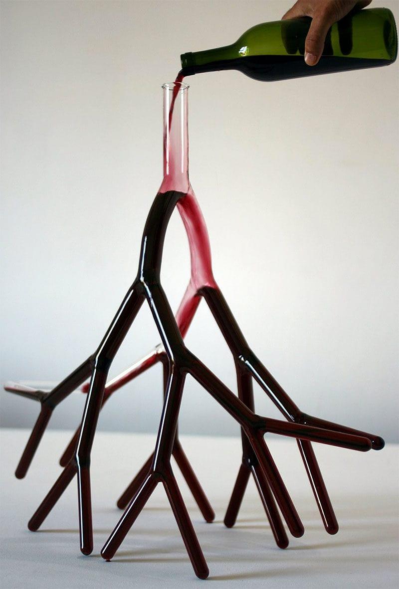 The strange carafe decanter