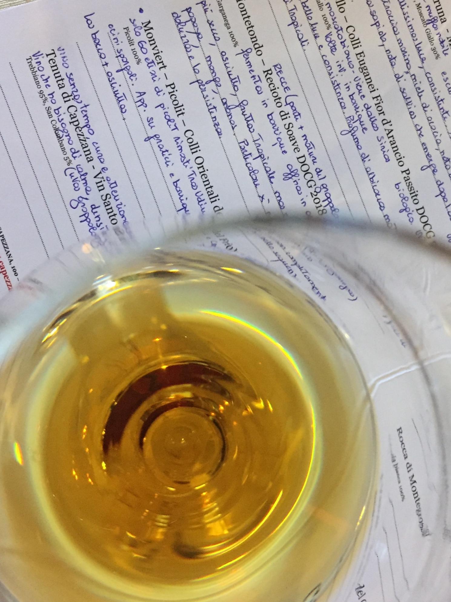 capezzana vin santo