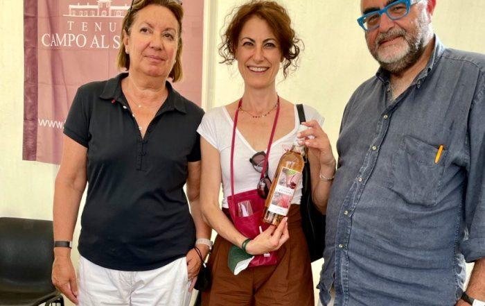 Anna Corrù sommelier con Luca e Valentina titolari dell'azienda in Bolgheri Campo al Signore